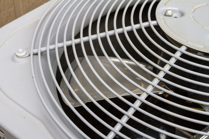 Exhaust fan of an air conditioner